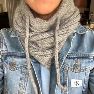Unisex Cable-knit Infinity Scarf